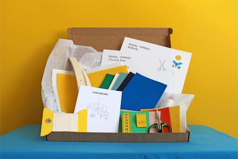 Mobile DIY craft kit box 1