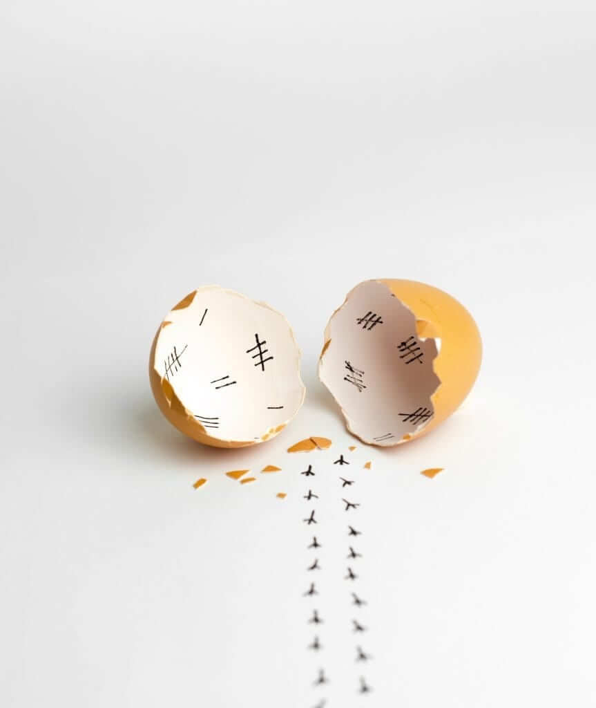 Kraammand: Cracked egg Daniel Jerico